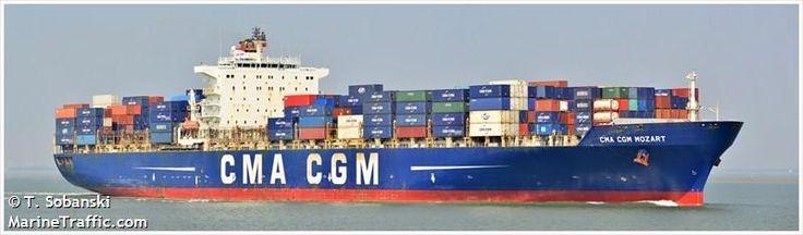 """Buque: """"CMA CGM MOZART"""". Año de contrucción: 2004. Tipo: Portacontenedores. Propietario y Operador: CMA CGM - Marsella (Francia). Dimensiones: Eslora 227,28 m. Manga 40 m. Calado 14,5 m. Carga (DWT): 73.235 Tm. Capacidad máxima contenedores TEU: 5.872. Contenedores frigoríficos: 500. Motor: MAN-B&W - tipo: 10K98MC-C. Potencia: 57.114 Kw. (77.500 HP) a 104 rpm. Velocidad máxima: 17,4 nudos. Distintivo: FZQM. IMO: 9280615. Bandera: Francia."""