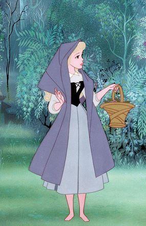 Era mi princesa favorita cuando era pequeña porque mi madre me decia que me parecia mucho a ella ya que es rubia con los ojos azules y soñadora como yo.