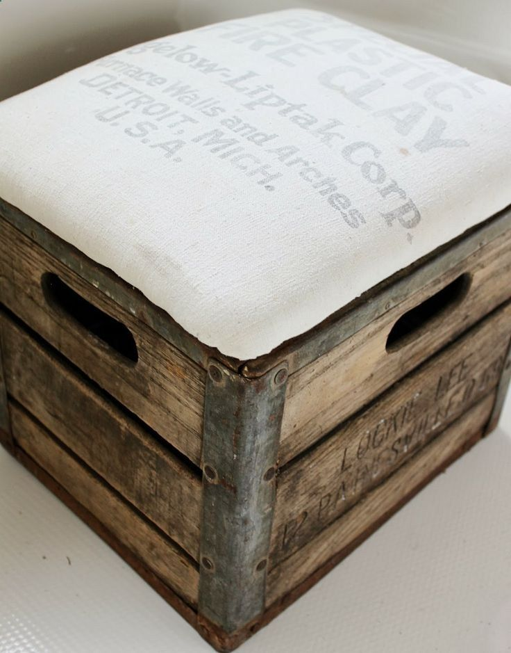 #DIY #ottoman, rustic  pretty, made with an #upcycled crate!Namely Original: Milk Crate Ottoman