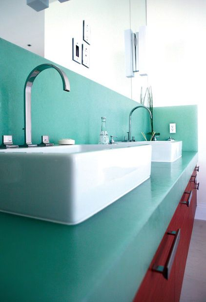 Recycled Glass makes clean and green countertops.: Recycled Glass, Countertops Bioglass, Glasses, Green, Bathroom Countertops, Bio Glass, Glass Countertops, Photo