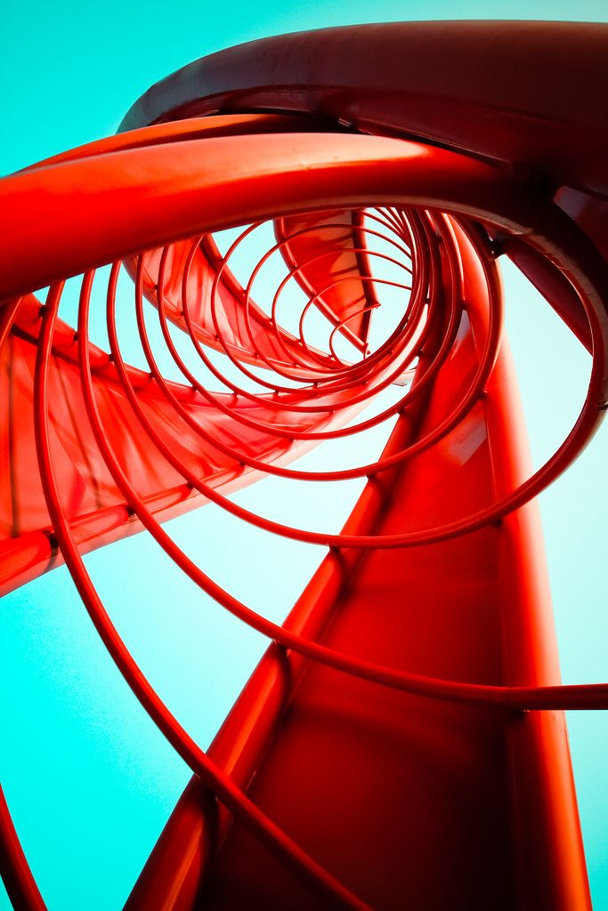 Great photo of an incredible piece of architecture   #architecture #spiral #red #incredible