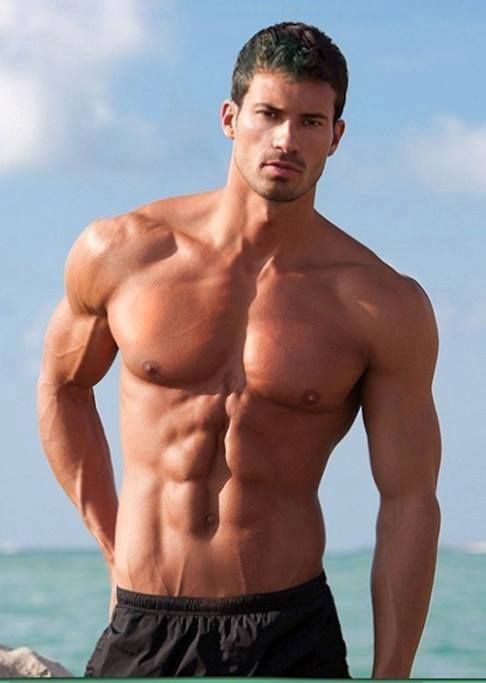 17 best images about handsome on pinterest brad pitt shemar moore and joe manganiello - Beatufiol cock peicther ...