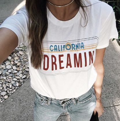 outfit, casual, stylish, trendy, beauty, fashion blogger, influencer, outfits, outfit ideas, shop, shopping, fashion trends, cure, fashion, for women, simple, style, to follow, inspiration, adventure, travel, paradise, ootd, basics, chic, luxury, shop by influencer, foray collective, 2016, fall, fall 2016, fall fashion, graphics, shop graphics, graphic tees, graphic designs, graphic tee outfit, vintage, hipster, topshop, kelsey white, california dreamin