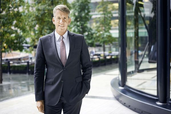 New Tui chief executive Fritz Joussen outlined his vision for the group at an exclusive Travel Weekly dinner. Ian Taylor reports
