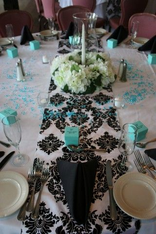 Tiffany Blue and black are a great combination~