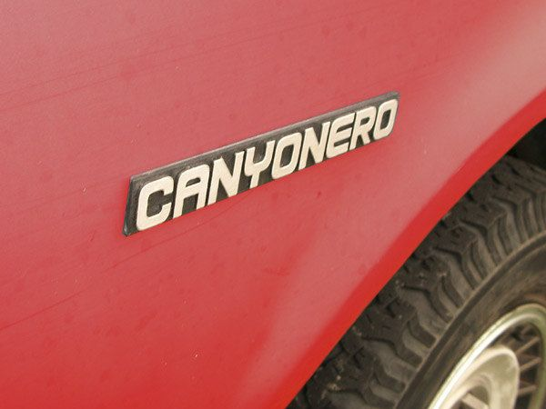Can you name the truck with four wheel drive,  Smells like a steak, and seats thirty five?   Canyonero!! Canyonerrrrrrrooooooooo!
