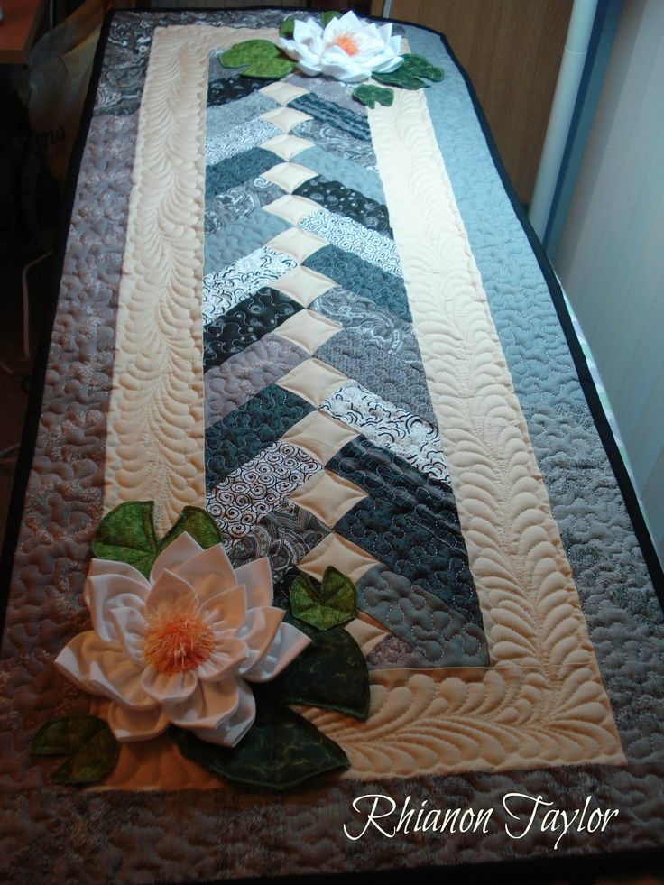 I made this table runner last week as a birthday gift for my twin brother: