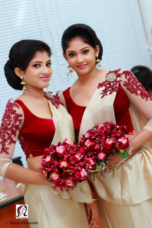 Sri Lankan bridesmaids