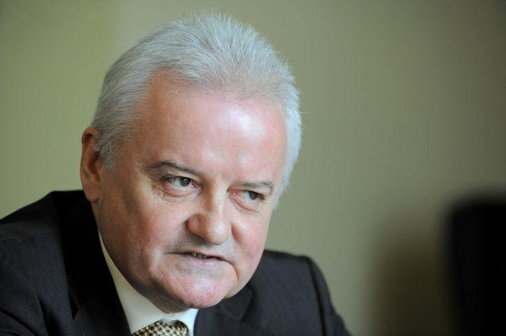 CNSAS: Irinel Columbeanu, colaborator al Securităţii