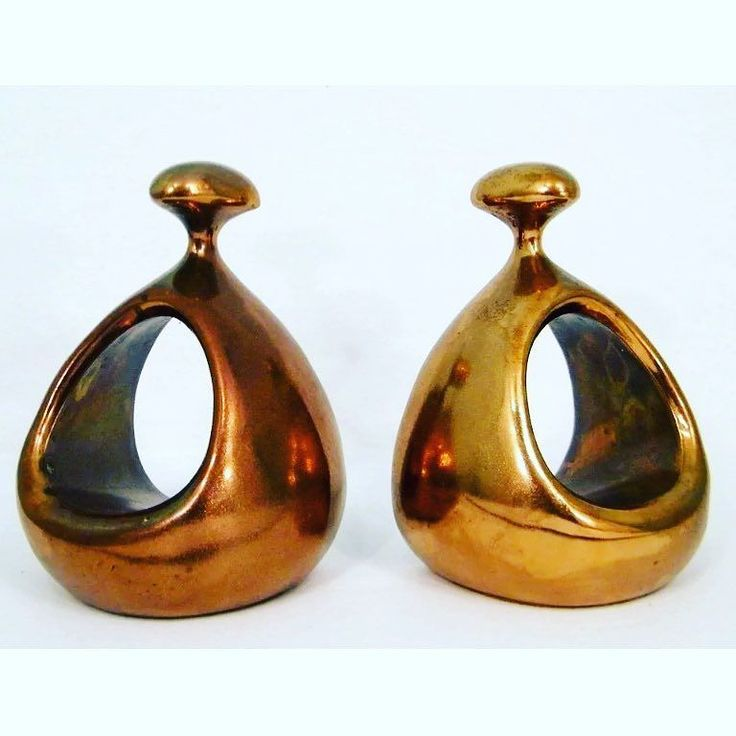 Modernist Magic! Pair of Ben Seibel Copper Stirrup Bookends. Late 50s - Early 60s. Love the shape and sheen of these. Perfection!! 4.5H x 2.5D x 4W. For $ale! Free Shipping. $390.00. Purchase is easy. Simply DM your email address and shipping address. I send invoice. You pay invoice. I pack and ship.