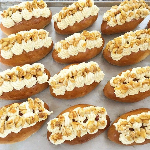 Brioche with Cream Cheese and Peanut-Brittle … #Hanoi #Vietnam #Indochina #ChefThomas #cooking #baking #bread #cookies #CheeseCake #CreamCheese #brioche (at Hanoi - Vietnam)