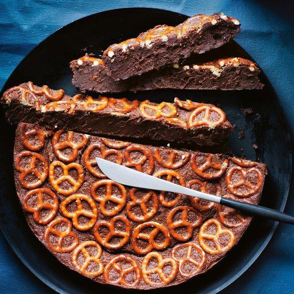 Dark Chocolate Pretzel Cake