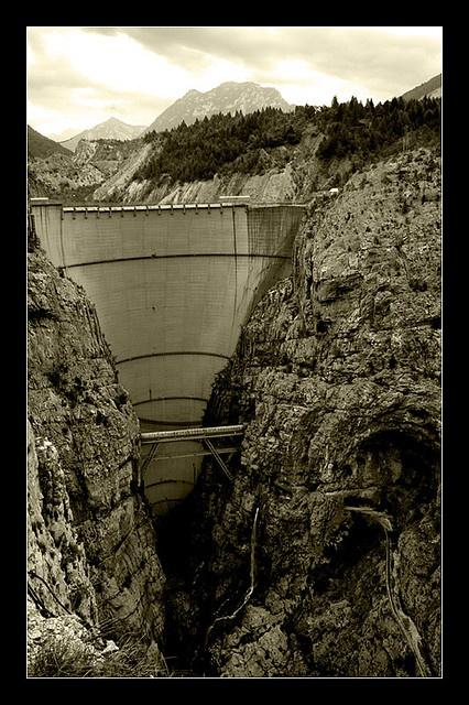 DIga del Vajont, Italie. Dopo la catastrofe del 1963.