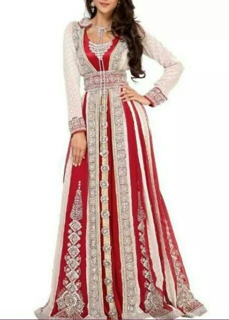Red and white moroccan kaftan