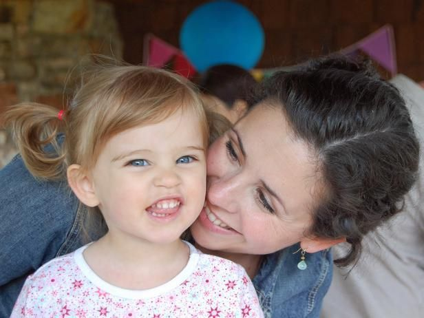 HGTV stars share Mother's Day memories--> http://hg.tv/zzcn (pictured Marianne Canada (HGTV Handmade, WeekDay Crafternoon) with her daugher Lulu)Hgtv Star