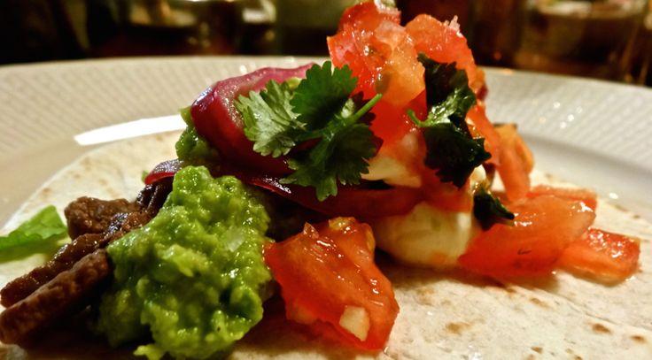Ge plats åt koriander, lime och syrad lök på din tallrik istället för sedvanlig burkmajs.