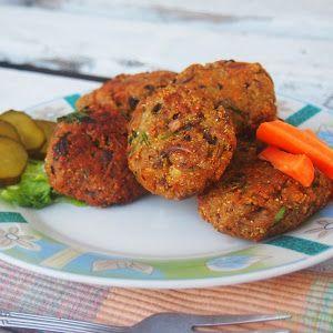 Vege Szamanka: Śródziemnomorskie kotleciki z ryżu, marchewki i oliwek