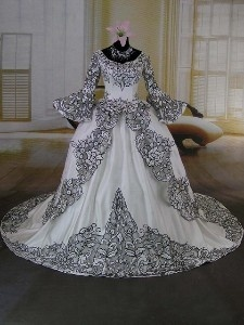 Victorian Era Wedding Dresses. I Just Saw This And Totally Thought Of  Tiffanyu0027s Dress.