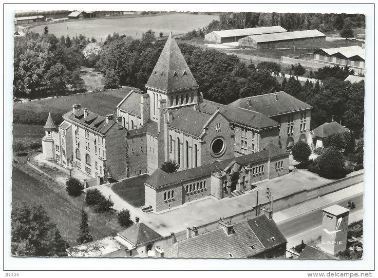 1933: Sens  (Yonne)  -  Monastère De La Nativité Des Soeurs Dominicaines  - architecte Henri Vidal (1895-1955)