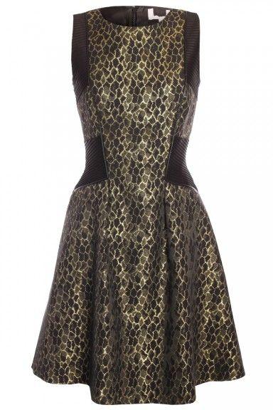 Sukienka wieczorowa rozkloszowana 134,95 http://www.aoutlet.pl