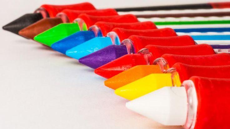 Content marketing to nie tylko treści, ale też grafika. Czy wiedziałeś, że kolor potrafi zdeterminować Cię do podjęcia określonych działań zakupowych? Poniżej artykuł o psychologii kolorów oraz znaczeniu barw w marketingu i reklamie. #contentmarketing #kolory #reklama #zakupy #psychologia #marketing