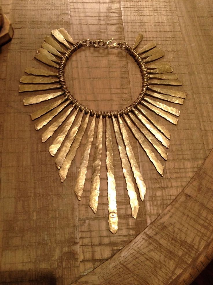 pal kepenyes. hammered bronze necklace.