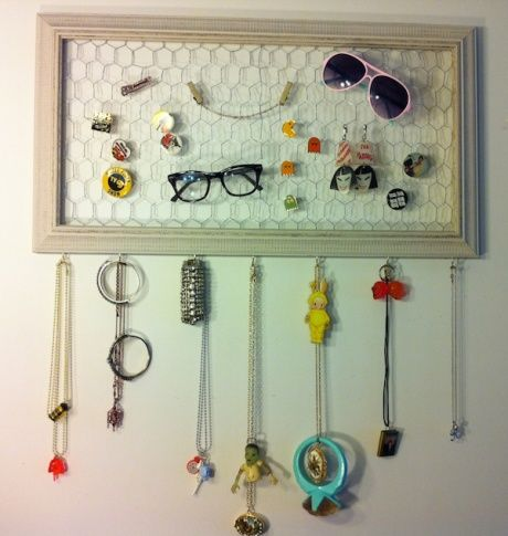 Hanging jewelry display diy pinterest for Diy hanging picture display