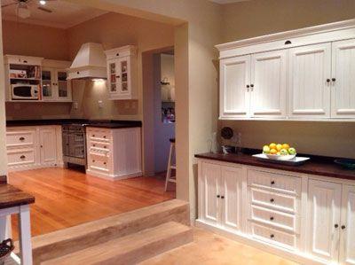 English Elegance Free Standing kitchen units from Milestone Kitchens