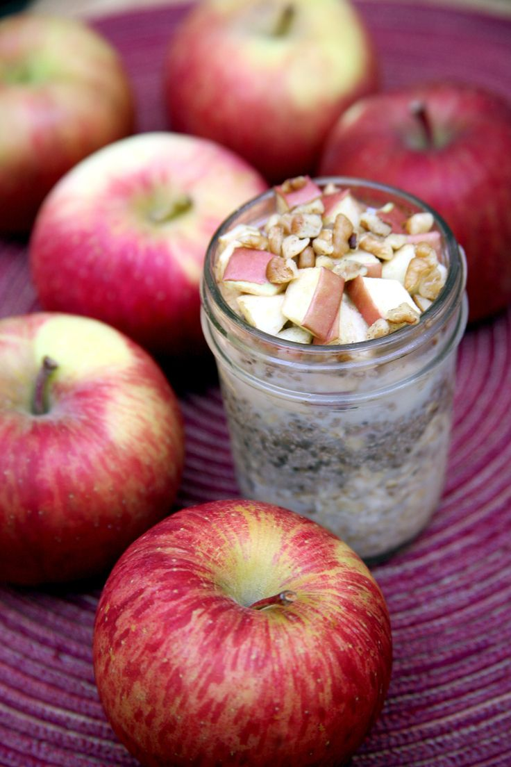 Low-Cal Breakfast that Tastes like Apple Pie in a Jar | POPSUGAR Fitness UK