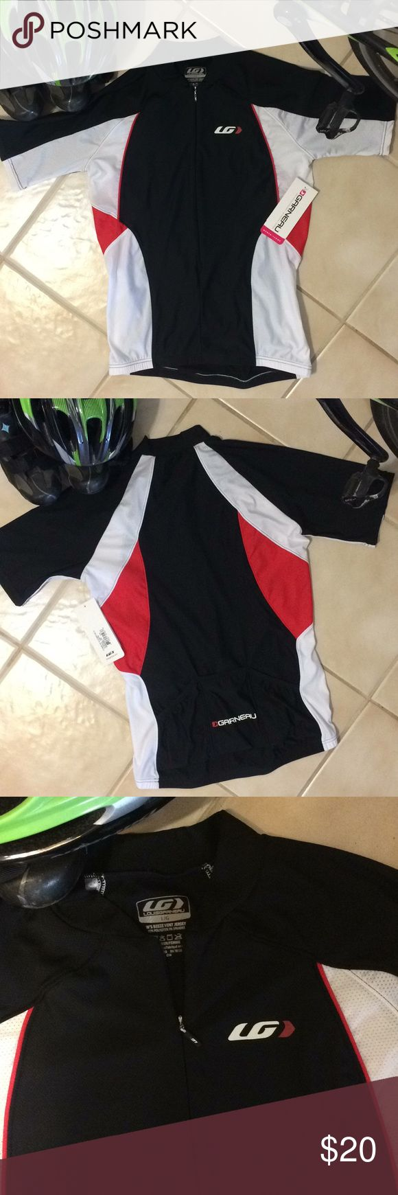 Louis Garneau Beeze Vent Women's Jersey (Lg) Louis Garneau Women's Beeze Vent cycling jersey — new with tags. Size large (not super-tight race fit). Flattering design in black, white and red with reflective detailing. Full zip with non-binding elastic at hem & open sleeves. Super lightweight with LG Airdry fabrics for wicking sweat & fast evaporation. Mesh panels make this very breathable. Also features UV protection. MSRP'd for $54.99. Louis Garneau Tops
