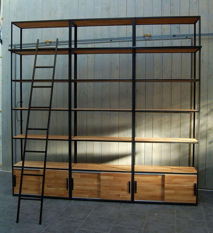 Fabrication sur mesure de bibliothèques et étagères en métal et bois massif : d'angle, sous pente, petites ou grandes dimensions.