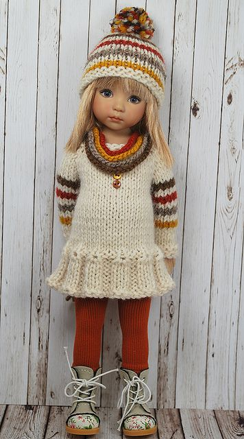 """INSPIRATION: Sweater dress and hat for Effner 13""""... Maggie and Kate create... via flickr"""