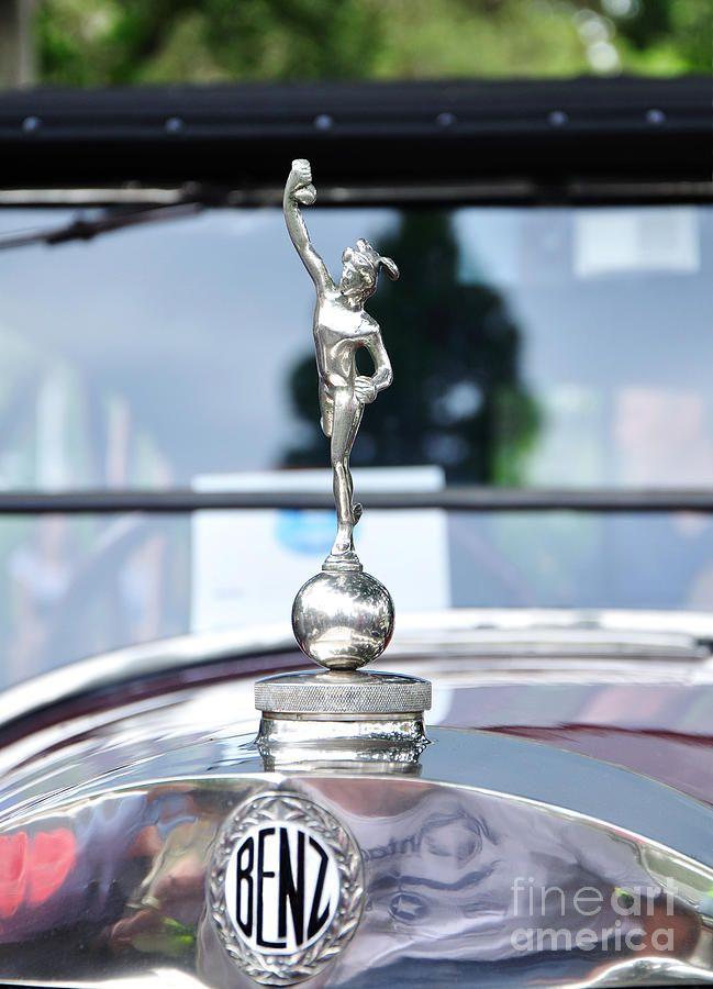 560 best bouchon de radiateur images on pinterest hood for Mercedes benz hood ornament