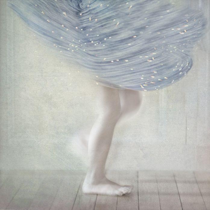 Lena, image by Helene Vallas