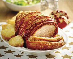 Crackling pork Leg Roast with Roasted Potatoes & Garden Salad - ALDI Australia