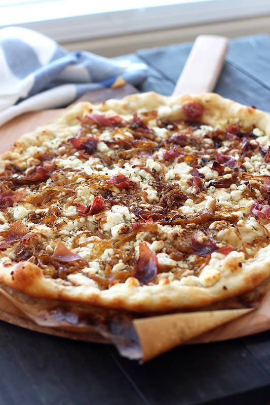 Caramelized Onion, Goat Cheese and Prosciutto Pizza, yes please! @handleheat
