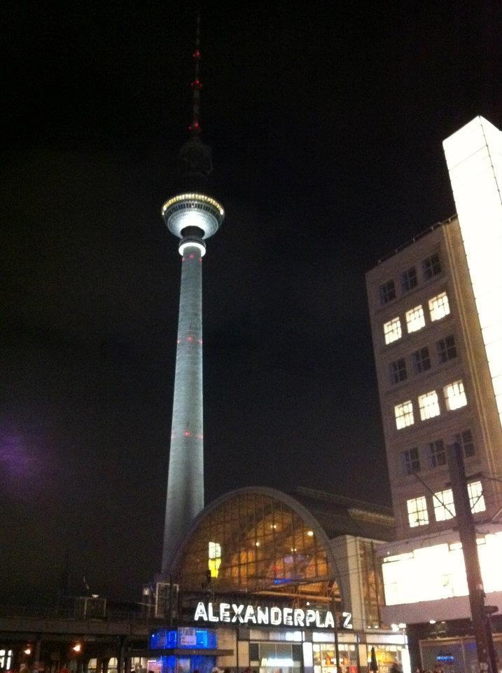 Alexander Platz _ Berlín