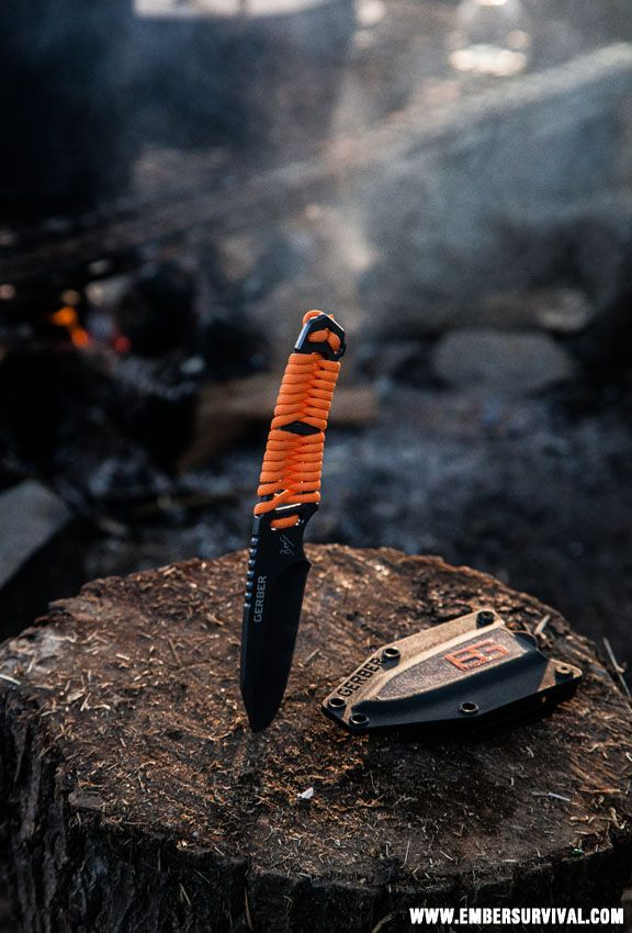 Gerber Bear Grylls Paracord Knife.  This is my dream knife!!! And the one I'll be getting Nevaeh.