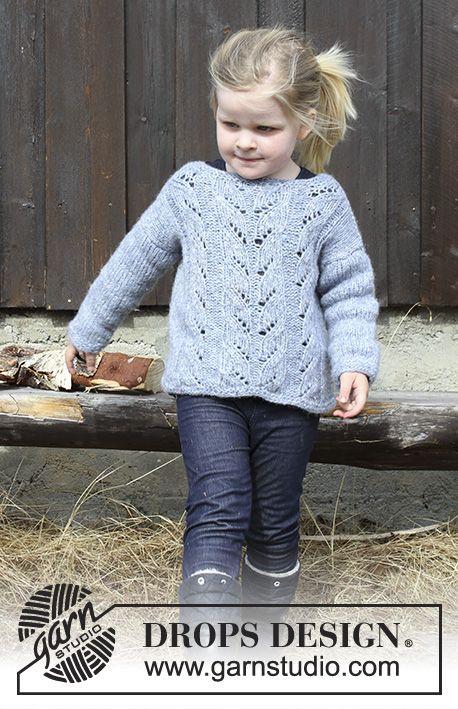 Strikket genser med hullmønster til barn. Størrelse 2 - 12 år. Arbeidet er strikket i DROPS Air