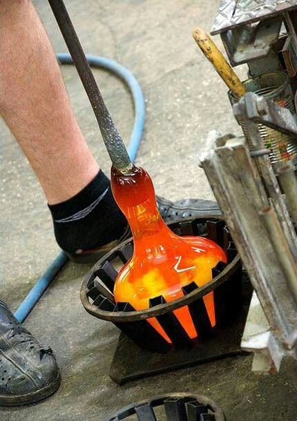 the world of glassblowing Learn the secrets of glassblowing during this 30-minute activity in venice on the island of murano, visit the glass factory showroom near st mark's square to see examples of this highly specialized glass art, beloved by collectors the world over.