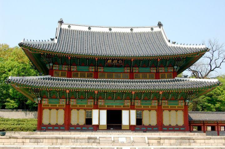 韓国・仁寺洞といえば、古き良き街が残されていたり、歴史的建造物やグルメ、観光や名所など様々なおすすめスポットがあることから、とても人気の観光地です。その韓国・仁寺洞の見所やおすすめの観光スポットを15選紹介していきますのでぜひご覧ください。