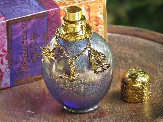 Já conhecem o perfume Wonderstruck!? É o perfume feminino de Taylor Swift inspirado nas experiências pessoais da cantora. Um perfume com um...