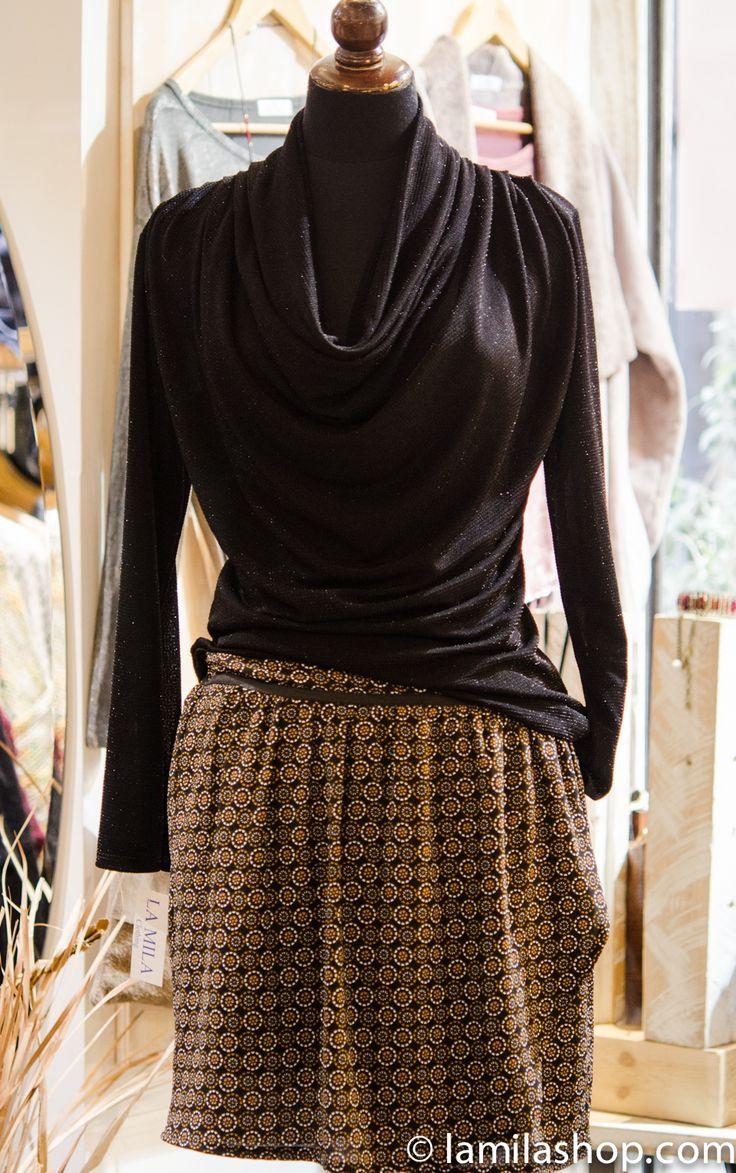 outfit perfecto con un glitter top...