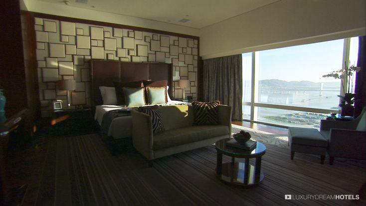 In this 5-star hotel on the shore of Lake Nam Van, space is key to wellness  - Mandarin Oriental Macau, #China #luxurydreamhotels