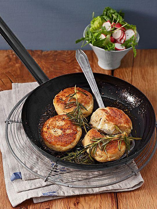 vegetarisch kochen: Kartoffelfrikadellen gefüllt mit Schafskäse: