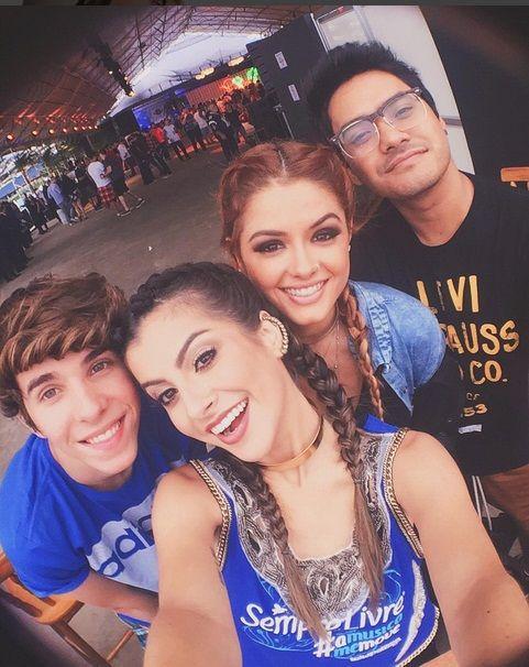 Nah Cardoso, Camila Senna,Eric Mafra e Koba no Lollapalooza 2016 http://www.tudoinformation.com.br/2016/03/veja-os-famosos-que-estao-no.html