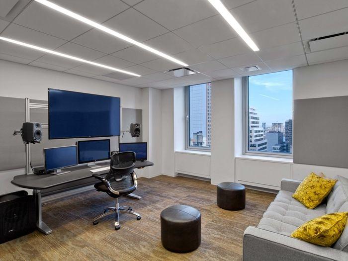 conde-nast-entertainment-office-design-16