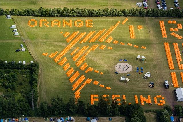 'That Orange Feeling' #Roskilde #Festival - Loved by @denmarkhouse