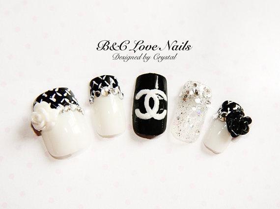 "Simple Style Fake Nail Set- "" Camellia """