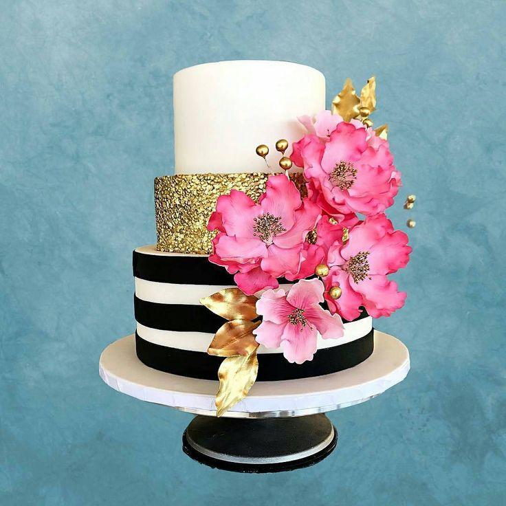 """4,138 Gostos, 11 Comentários - #No.1 Nigerian Cake Blog (@cakebakeoffng) no Instagram: """"Colors✨.... PRETTY Cake via @sweets_by_sasha ❤️❤️#Cakebakeoffng #CboCakes #InstaLove…"""""""